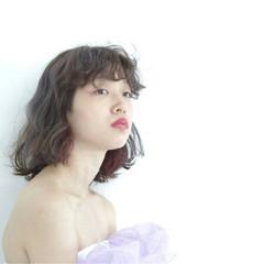 フェミニン 個性的 ウェーブ ボブ ヘアスタイルや髪型の写真・画像
