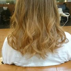 グラデーションカラー ハイトーン かわいい ストリート ヘアスタイルや髪型の写真・画像