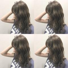 外国人風 ハイライト セミロング 暗髪 ヘアスタイルや髪型の写真・画像