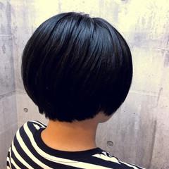 ブルーブラック ブルーアッシュ イルミナカラー 外国人風カラー ヘアスタイルや髪型の写真・画像