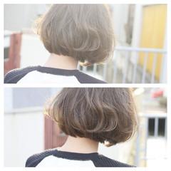 アッシュ 透明感 ボブ ゆるふわ ヘアスタイルや髪型の写真・画像