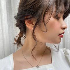 ふわふわヘアアレンジ 簡単ヘアアレンジ ナチュラル ヘアアレンジ ヘアスタイルや髪型の写真・画像