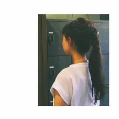 ストリート 暗髪 ポニーテール ロング ヘアスタイルや髪型の写真・画像
