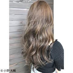 透明感 ロング 秋 ナチュラル ヘアスタイルや髪型の写真・画像