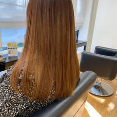 セミロング 髪質改善トリートメント ナチュラル 美髪 ヘアスタイルや髪型の写真・画像
