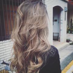 グラデーションカラー アッシュ ストリート ロング ヘアスタイルや髪型の写真・画像