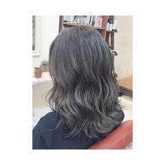 透明感 アッシュグレー モード 秋 ヘアスタイルや髪型の写真・画像