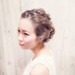 フェミニン セミロング デート 結婚式 ヘアスタイルや髪型の写真・画像