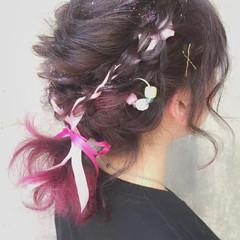 簡単ヘアアレンジ フェミニン ショート ゆるふわ ヘアスタイルや髪型の写真・画像