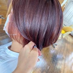 ラベンダーピンク モード ショート インナーカラー ヘアスタイルや髪型の写真・画像