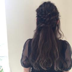 アンニュイ 結婚式 無造作 ウェーブ ヘアスタイルや髪型の写真・画像