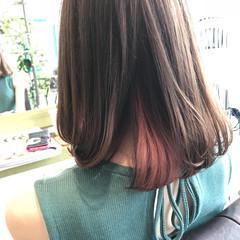 インナーカラー 夏 グレージュ 大人かわいい ヘアスタイルや髪型の写真・画像