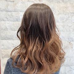 ブリーチオンカラー グラデーションカラー フェミニン 外国人風カラー ヘアスタイルや髪型の写真・画像