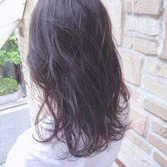ロング アンニュイほつれヘア 簡単スタイリング 夏 ヘアスタイルや髪型の写真・画像