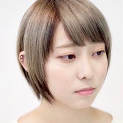 モード インナーカラー ミルクティーベージュ ショートボブ ヘアスタイルや髪型の写真・画像