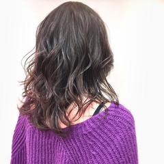 暗髪 艶髪 大人かわいい バイオレットアッシュ ヘアスタイルや髪型の写真・画像