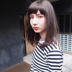 ストレート 暗髪 ミディアム ラフ ヘアスタイルや髪型の写真・画像