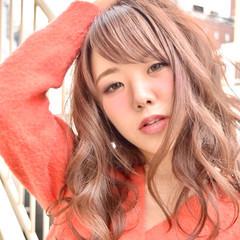 透明感 フェミニン ピンクベージュ 毛束感 ヘアスタイルや髪型の写真・画像