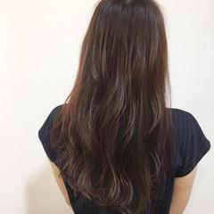 レッド ピンク ロング イルミナカラー ヘアスタイルや髪型の写真・画像
