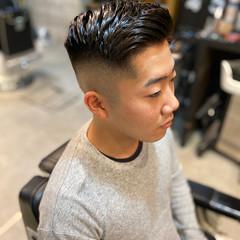 フェードカット ポンパドール ストリート ベリーショート ヘアスタイルや髪型の写真・画像