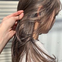 大人可愛い ナチュラル グレージュ 透明感カラー ヘアスタイルや髪型の写真・画像
