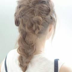 モテ髪 ヘアアレンジ セミロング フェミニン ヘアスタイルや髪型の写真・画像
