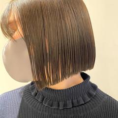 ミニボブ ナチュラル 切りっぱなしボブ ショートヘア ヘアスタイルや髪型の写真・画像