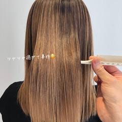 ミディアム 最新トリートメント 髪質改善 ナチュラル ヘアスタイルや髪型の写真・画像