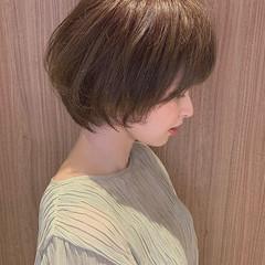 ショートボブ グレージュ ミニボブ 外国人風カラー ヘアスタイルや髪型の写真・画像