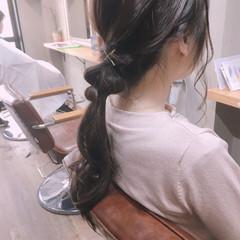 ミルクティーグレージュ ナチュラル ローポニーテール ブルージュ ヘアスタイルや髪型の写真・画像