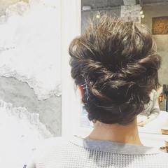 簡単ヘアアレンジ ヘアアレンジ ナチュラル 結婚式 ヘアスタイルや髪型の写真・画像