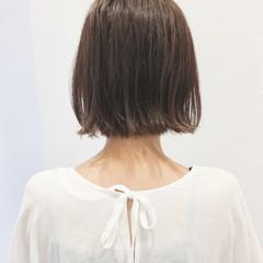 ベージュ ボブ アッシュ ナチュラル ヘアスタイルや髪型の写真・画像