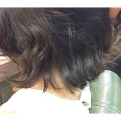 ガーリー インナーカラー アッシュ 暗髪 ヘアスタイルや髪型の写真・画像