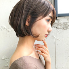 ショートヘア ナチュラル ショート 大人かわいい ヘアスタイルや髪型の写真・画像