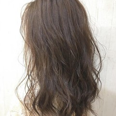 イルミナカラー セミロング 大人可愛い 大人ロング ヘアスタイルや髪型の写真・画像