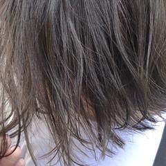 アッシュ アンニュイほつれヘア グレージュ 外国人風カラー ヘアスタイルや髪型の写真・画像