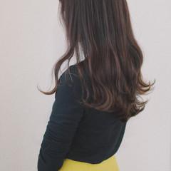 デート ロング 巻き髪 パーマ ヘアスタイルや髪型の写真・画像