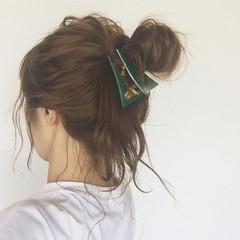 お団子 簡単ヘアアレンジ ショート ミディアム ヘアスタイルや髪型の写真・画像