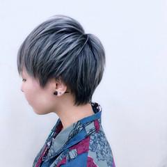 ブルー パープル ショート グレー ヘアスタイルや髪型の写真・画像