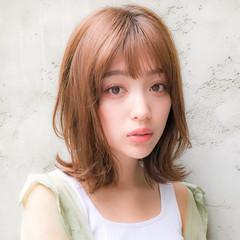 ローライト 大人かわいい ハンサムショート アッシュブラウン ヘアスタイルや髪型の写真・画像