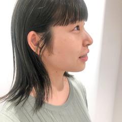 ミディアム ナチュラル オリーブカラー オリーブブラウン ヘアスタイルや髪型の写真・画像