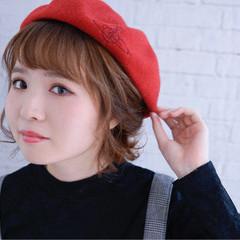 ヘアアレンジ 大人女子 ベレー帽 くるりんぱ ヘアスタイルや髪型の写真・画像