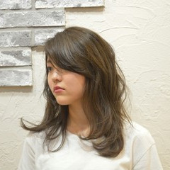 ゆるふわ 大人かわいい レイヤーカット 大人女子 ヘアスタイルや髪型の写真・画像