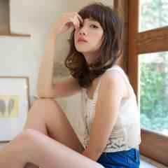夏 オン眉 セミロング ヴィンテージ ヘアスタイルや髪型の写真・画像