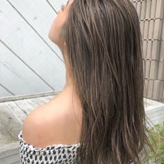 レイヤーロングヘア 寒色 ビーチガール 3Dハイライト ヘアスタイルや髪型の写真・画像