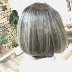 ボブ ホワイトアッシュ ハイライト 外国人風 ヘアスタイルや髪型の写真・画像