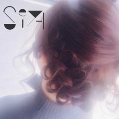 大人女子 ガーリー デート 小顔 ヘアスタイルや髪型の写真・画像