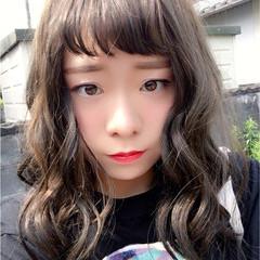 大人かわいい 外国人風 簡単ヘアアレンジ ミディアム ヘアスタイルや髪型の写真・画像