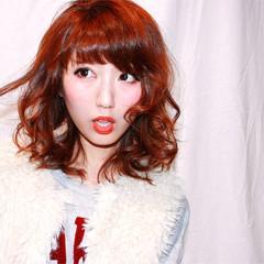 セミロング 冬 ゆるふわ 色気 ヘアスタイルや髪型の写真・画像