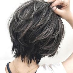 アンニュイ リラックス ショート オフィス ヘアスタイルや髪型の写真・画像